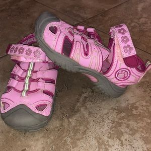 Buster Brown Pink Enclosed Sandals Sz 8
